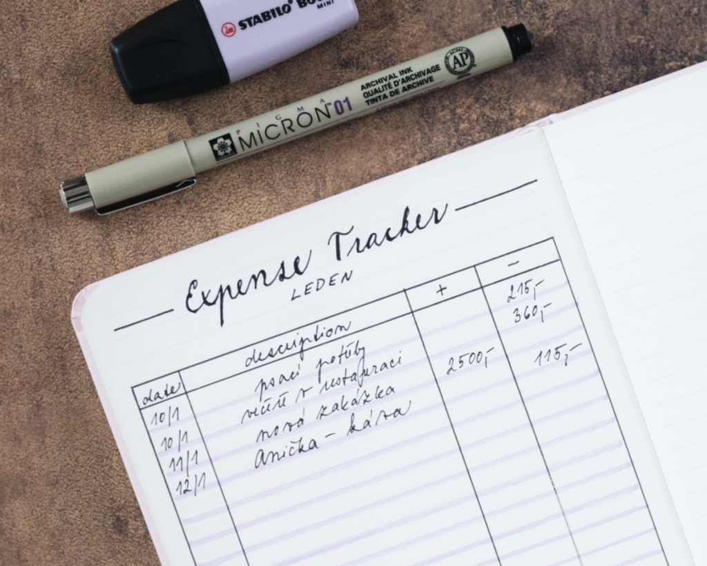Expense tracker na finance